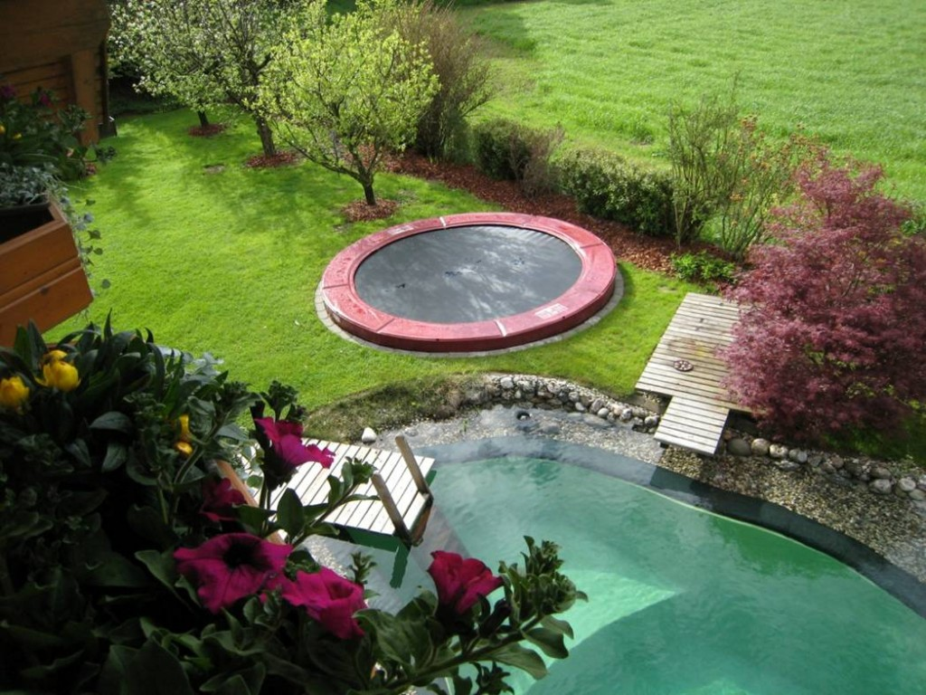 Trampolin blogtrampolin blog seite 4 for Gartengestaltung trampolin