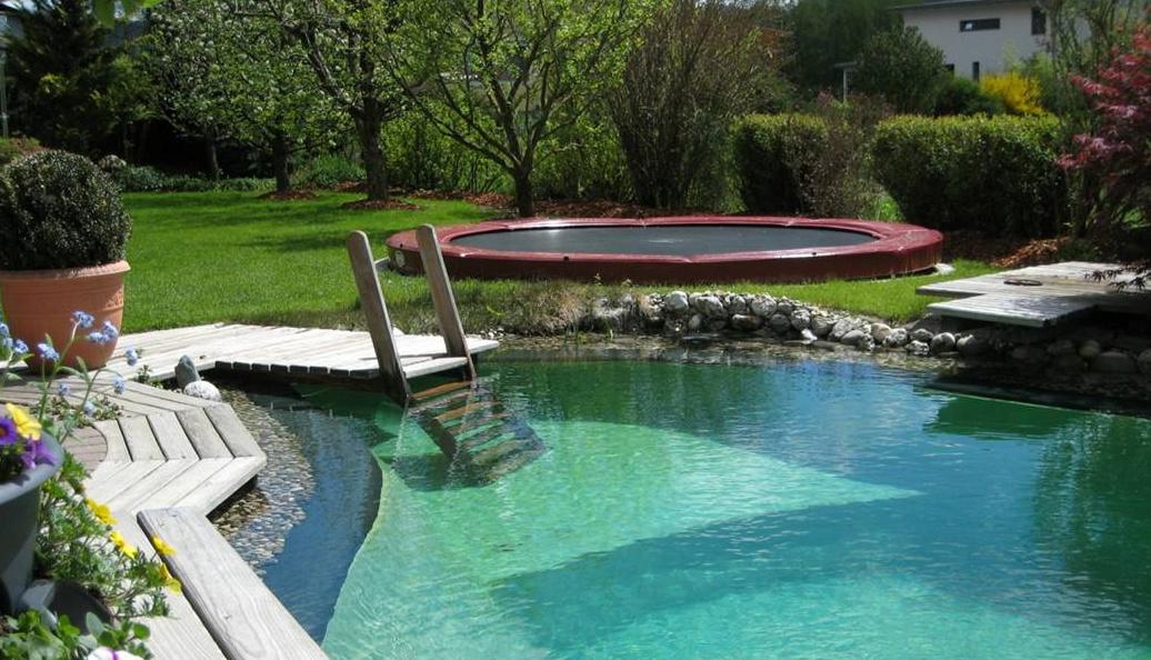 berg inground auf trampolin verfahren ab in den boden. Black Bedroom Furniture Sets. Home Design Ideas