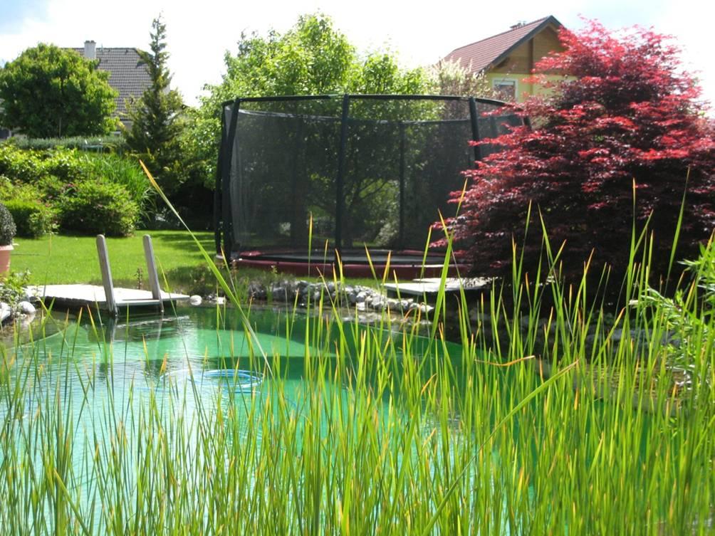 so sch n kann ein trampolin aussehen trampolin blog. Black Bedroom Furniture Sets. Home Design Ideas