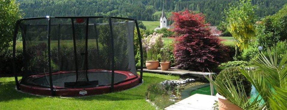 berg trampolin erfahrung bewertungen berichte ausprobieren. Black Bedroom Furniture Sets. Home Design Ideas