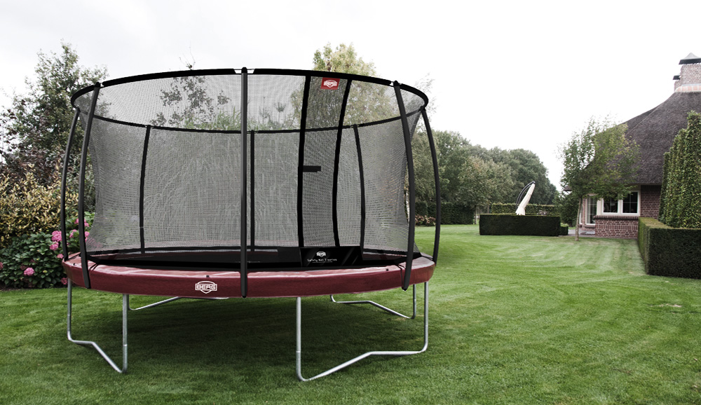 berg trampoline test berg begeistert deutschland. Black Bedroom Furniture Sets. Home Design Ideas