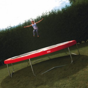 wichtige fragen rund ums trampolin trampolin blog. Black Bedroom Furniture Sets. Home Design Ideas
