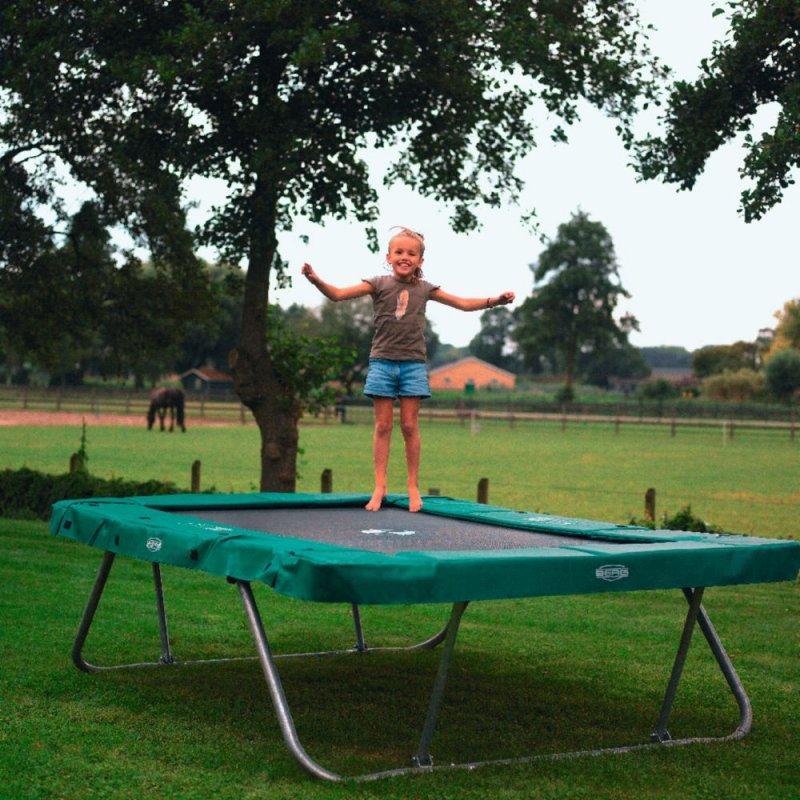 haus fertig garten fertig und jetzt noch ein trampolin trampolin blog. Black Bedroom Furniture Sets. Home Design Ideas