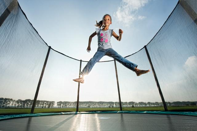 spiele auf dem trampolin jetzt wird s lustig trampolin blog. Black Bedroom Furniture Sets. Home Design Ideas