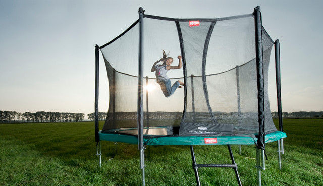 gute gr nde f r den kauf eines trampolins f r den garten trampolin blog. Black Bedroom Furniture Sets. Home Design Ideas