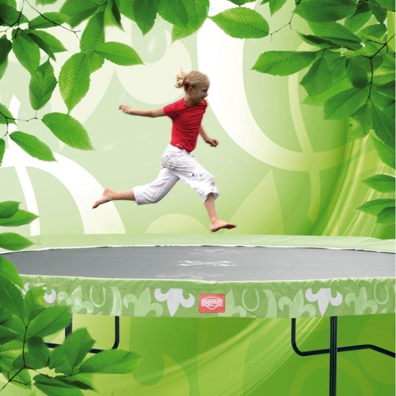 Jumping Styles Trampolin Macht Den Garten Noch Schoner Trampolin Profi De Blog