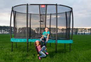 Trampolin im Garten - Tipps zum Kauf bei trampolin-profi.de