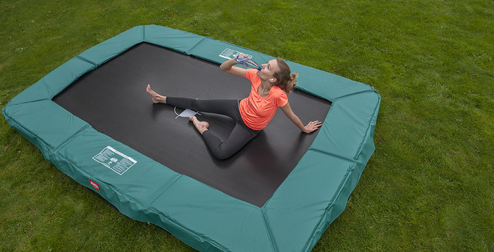 trampolin oval g nstig kaufen auf trampolin. Black Bedroom Furniture Sets. Home Design Ideas
