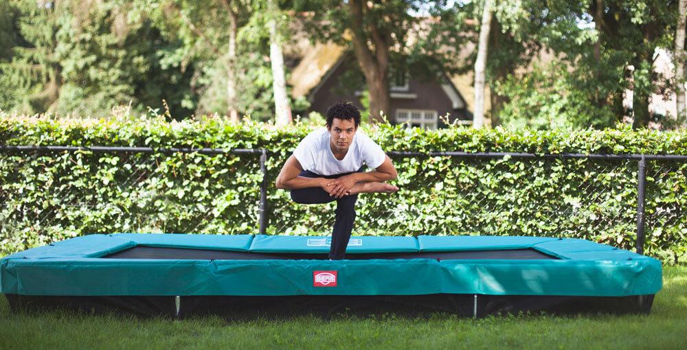 trampolin testsieger berg trampoline bringen spa. Black Bedroom Furniture Sets. Home Design Ideas
