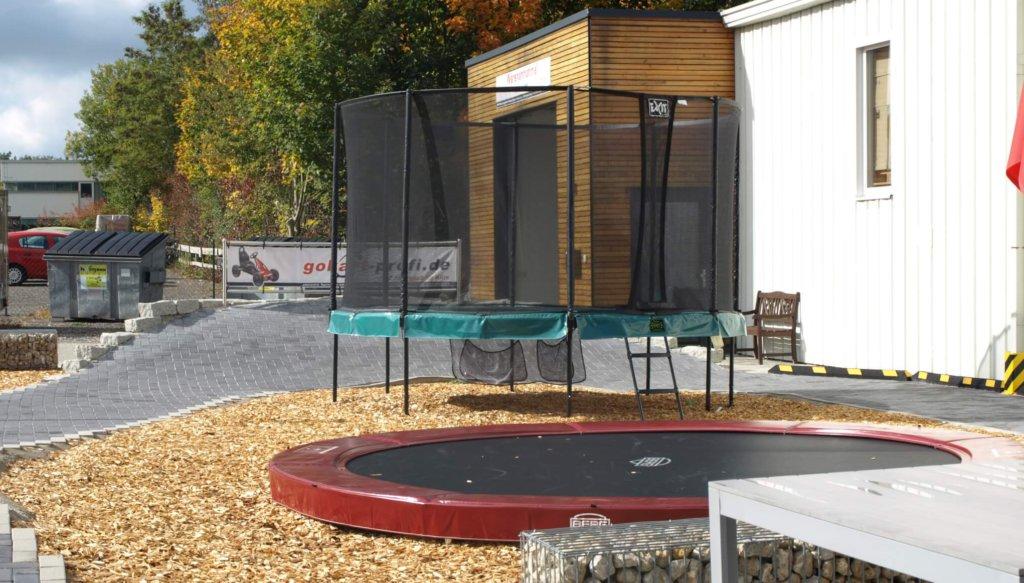 Trampolin im Winter und Herbst - Trampolinausstellung bei trampolin-profi.de