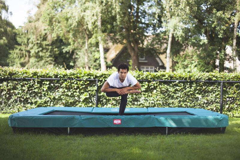 Übungen auf dem Gartentrampolin - Ratgeber trampolin-profi.de