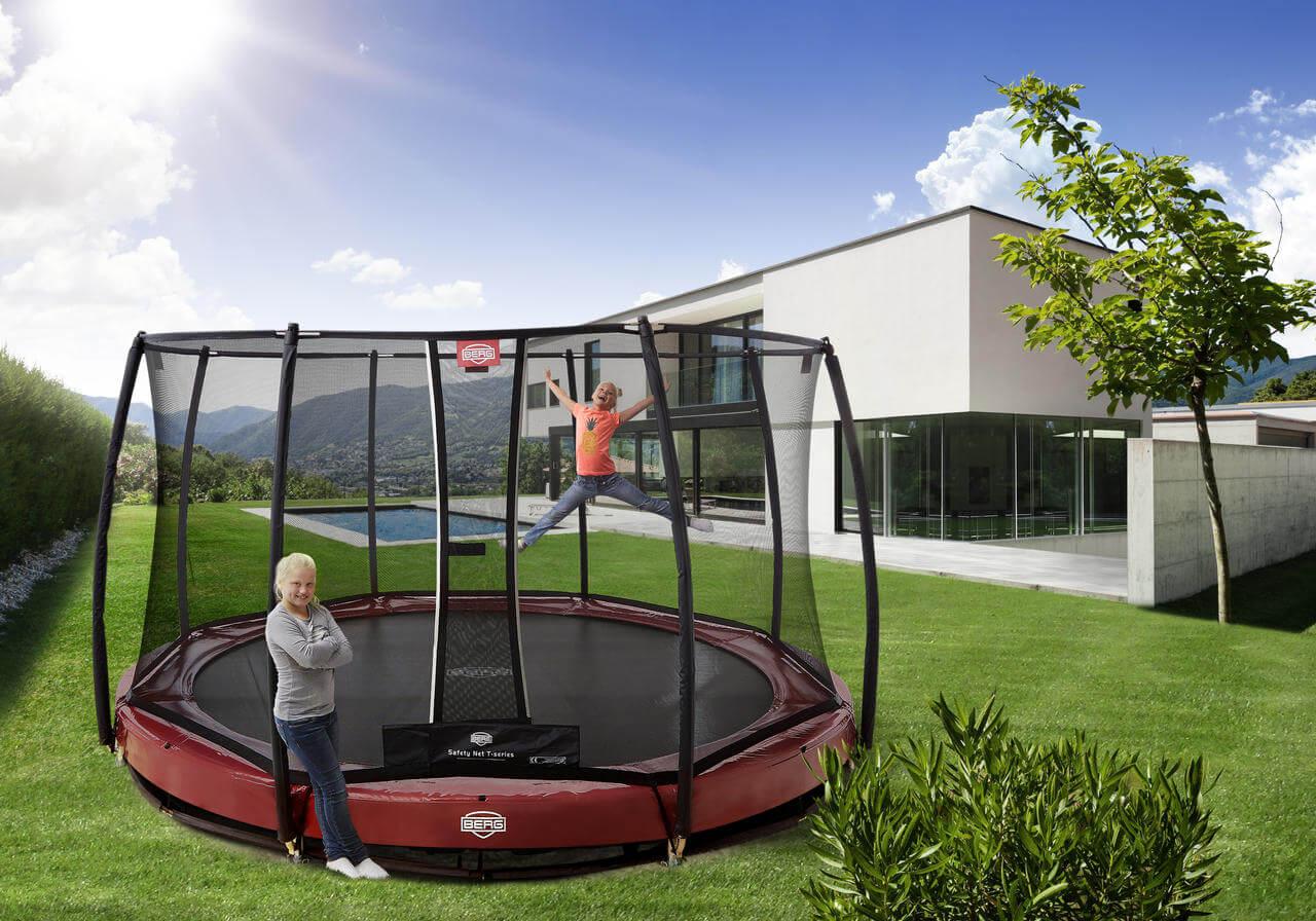 gold award f r berg elite trampolin wir haben den testsieger. Black Bedroom Furniture Sets. Home Design Ideas