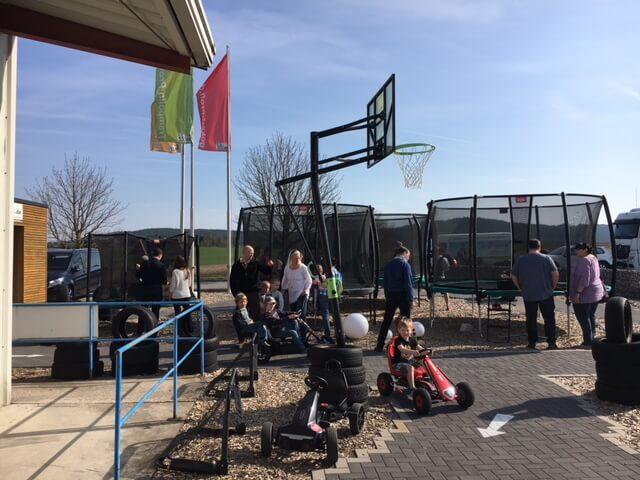 Trampolin Lagerverkauf zu Ostern bei trampolin-profi.de - Rückblick