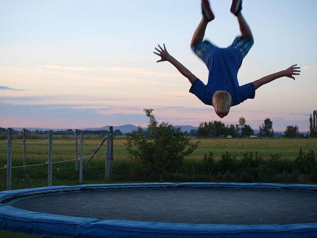 Trampolin Akrobatik - Gesundheit und Fitness - Ratgeber trampolin-profi.de