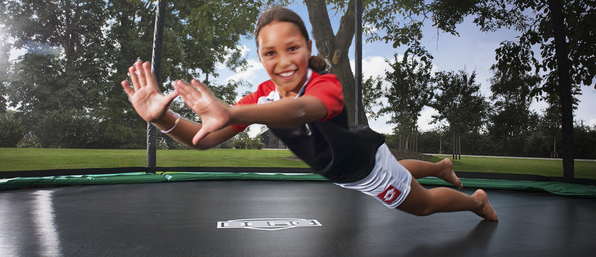 Trampolin macht Kinder sportlich - Ratgeber Trampolin-Profi.de