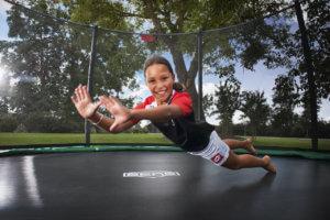 Trampolin Spiele macht alte Kinderspiele wieder neu - Ratgeber trampolin-profi.de