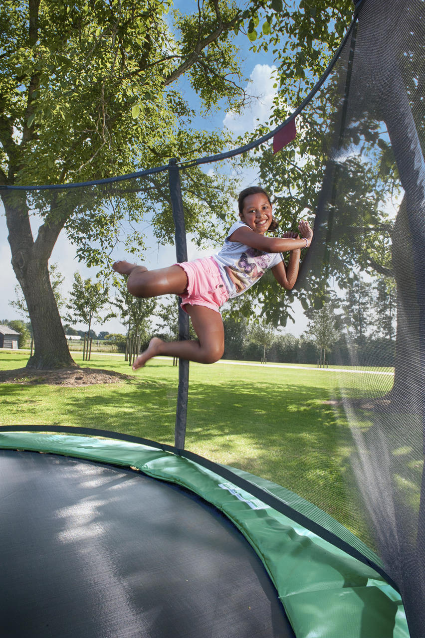 Trampolin im Garten - Beratung trampolin-profi.de