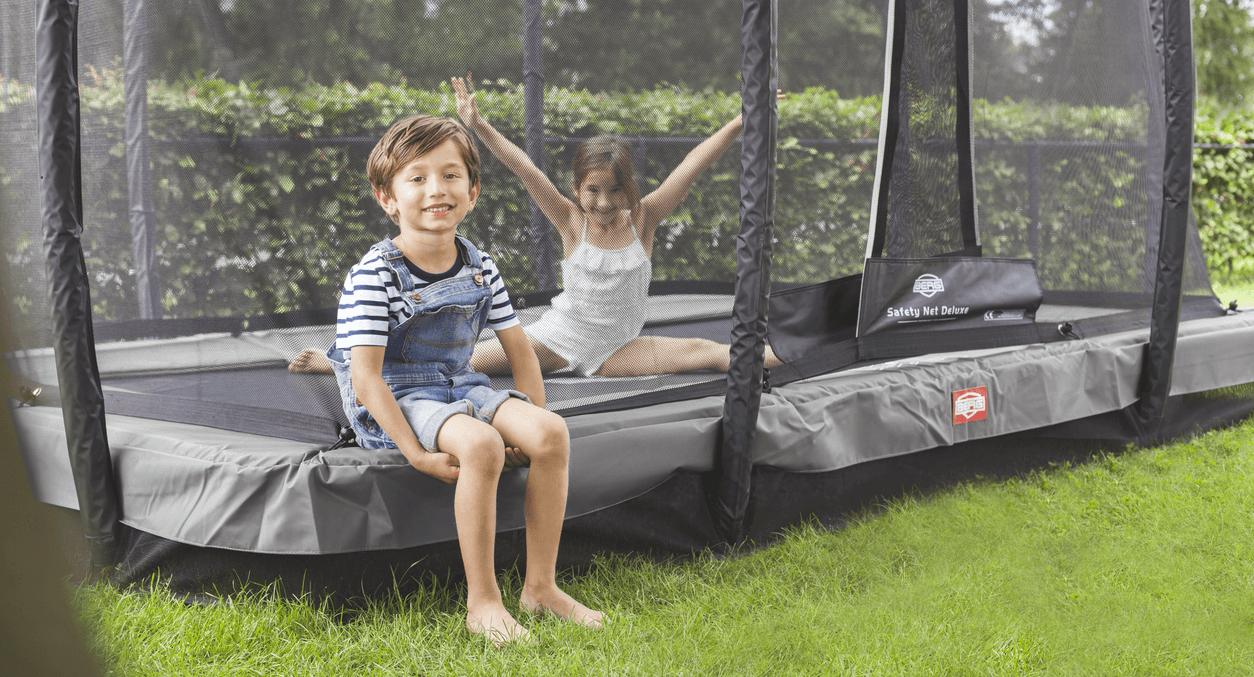 BERG Trampolin in den Garten einbauen - Tipps von trampolin-profi.de.