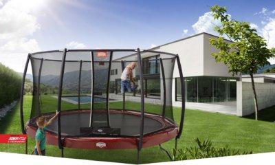 BERG Trampoline mit VR-Brille testen bei trampolin-profi.de