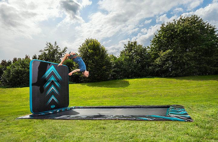 BERG Ultim Eilite + Airwall - kaufen auf trampolin-profi.de