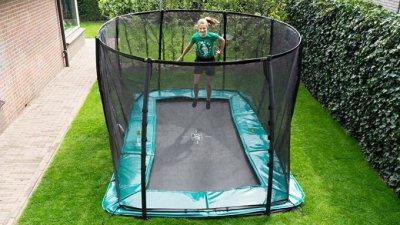 Trampolin-Profi Ratgeber: CORONA: Trampolin für Kinder bringt Sport, Spaß und Zuversicht