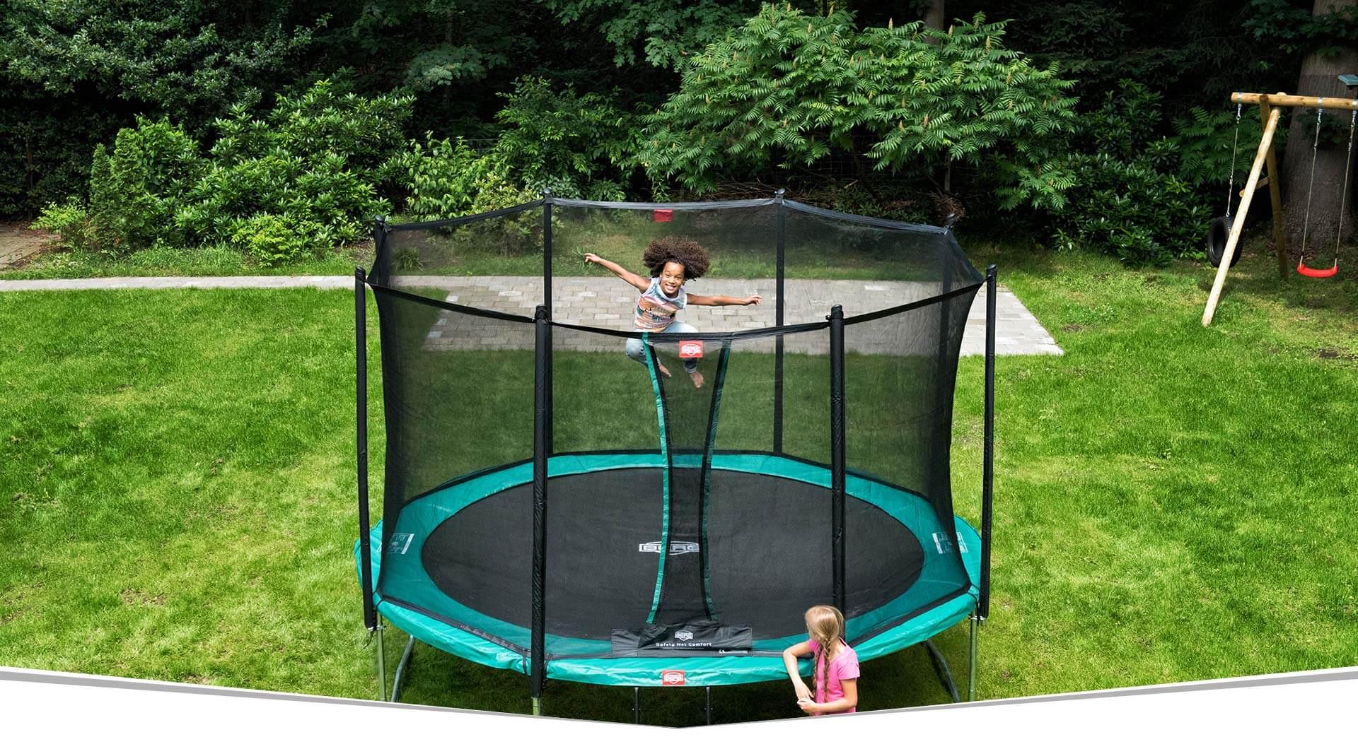 BERG Favorit Trampoline testen auf der Consumenta 2019 - trampolin-profi.de - Stand C 20 - Halle 7 A