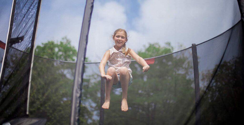 BERG Champion = Kinderspaß ohne Ende im eigenen Garten - trampolin-profi.de