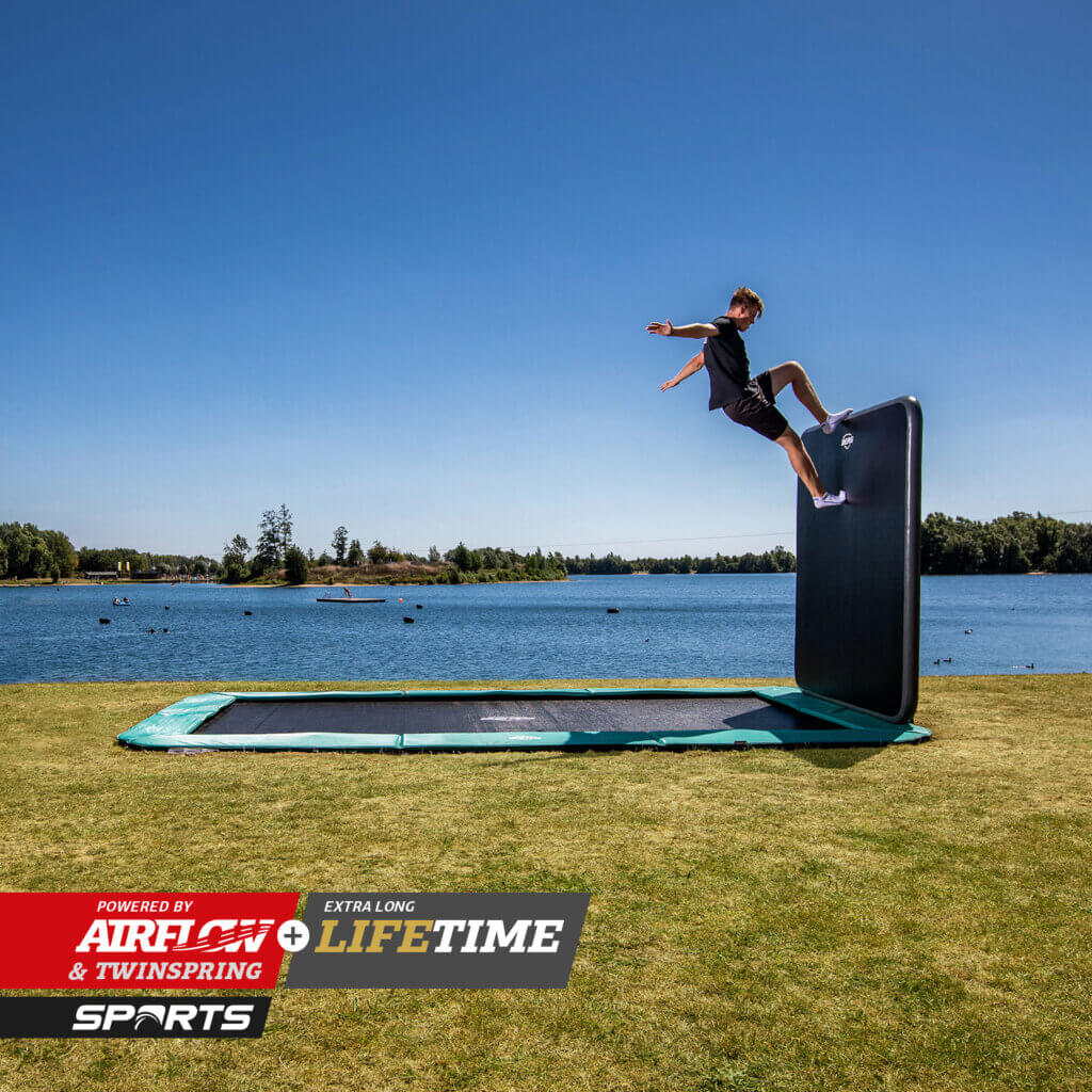 BERG Ultim Champion 410 - Neuheit 2021 - trampolin-profi.de
