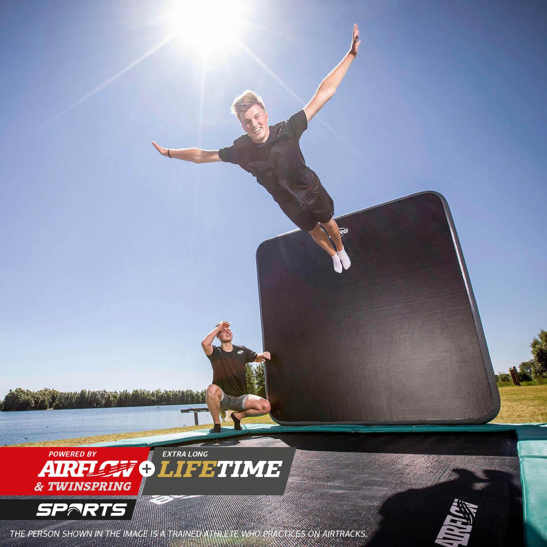BERG Ultim Champion FlatGround 410 - Neuheit bei trampolin-profi.de 2021