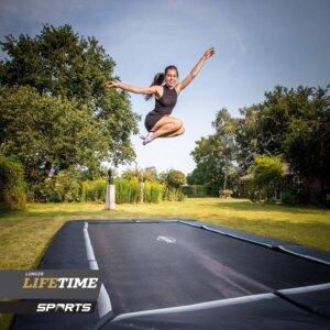 Trampolin springen = Sport für Erwachsene - Ratgeber Kauftipps TRAMPOLIN PROFI