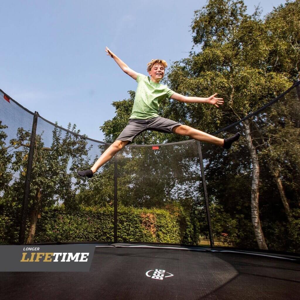 BERG Black Edition Favorit Trampoline - kaufen auf trampolin-profi.de