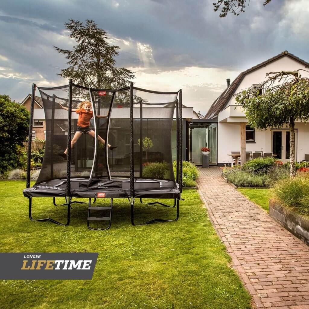 BERG Favorit Neuheiten 2021 - Black Edition - kaufen auf trampolin-profi.de