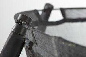 SALTA-Trampolin-Premium-Black-Edition-schwarz-mit-Netz-inkl-Abdeckplane-Leiter - Sicherheitsnetz - trampolin-profi.de