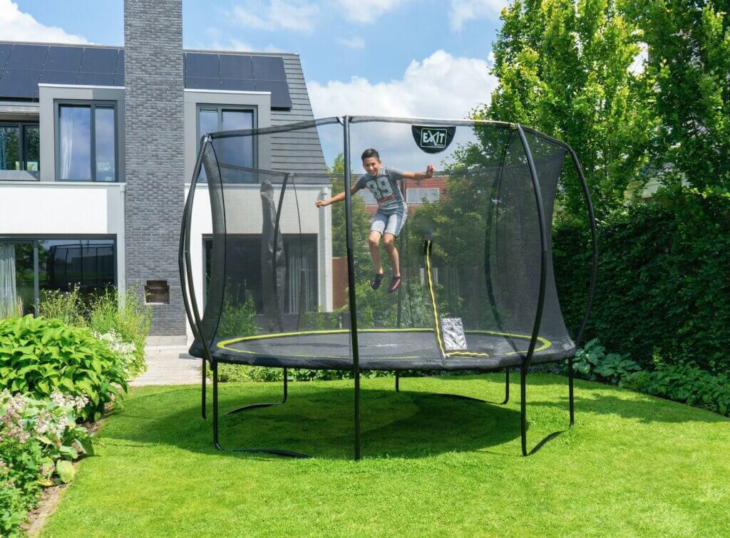 exit-trampolin-silhouette-rund-schwarz-netz-leiter-305-366cm - trampolin-profi.de