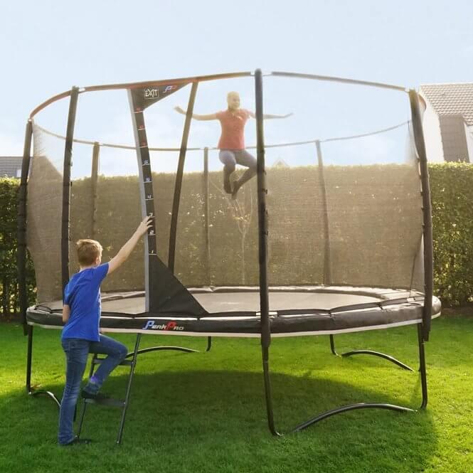 Spiele auf dem Trampolin - Ratgeber trampolin-profi.de