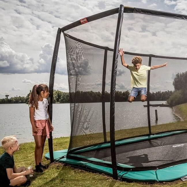Trampolin springen ist Fitness für die ganze Familie - Ratgeber trampolin-profi.de