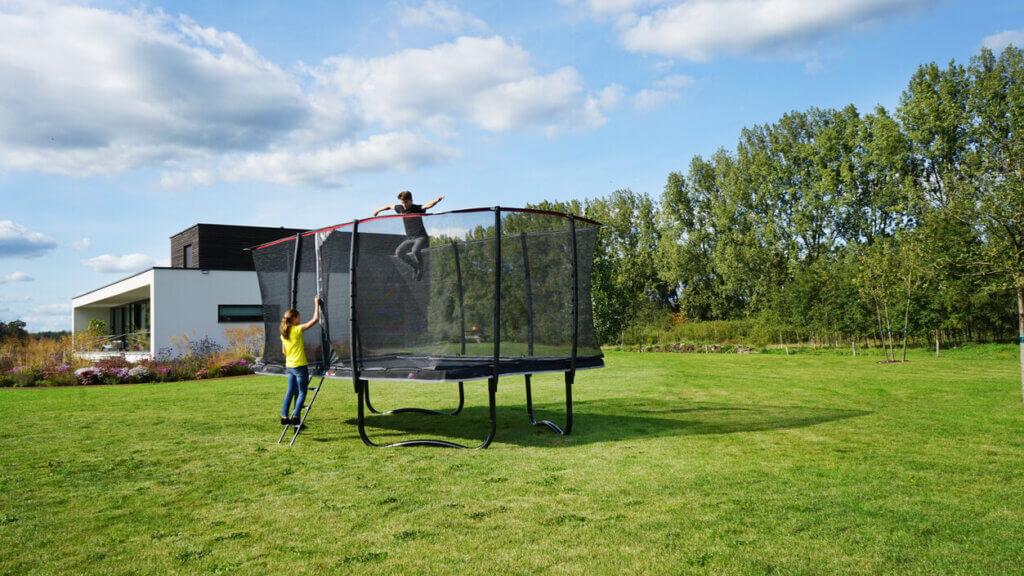 EXIT PeakPro Trampoline - jetzt sofort verfügbar auf trampolin-profi.de